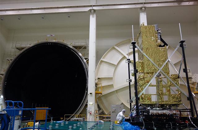 夏休みの自由研究や思い出づくりに、人工衛星「いぶき2号」と開発試験設備を見に行こう!※こちらのイベントは終了しました。