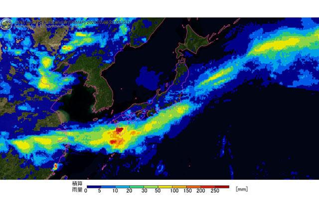 活発化した梅雨前線に伴って発生した九州地方の線状降水帯の観測