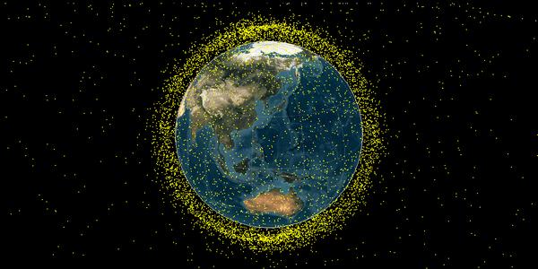 宇宙ごみ(スペースデブリ)の数はどのくらいですか?1年間に落下する数はどのくらいですか?