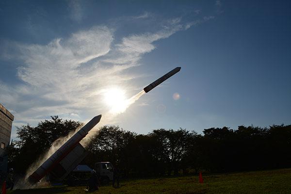 巨大イプシロン水ロケットリフトオフ!