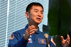 帰ってきた油井宇宙飛行士にミッション報告会で会おう!