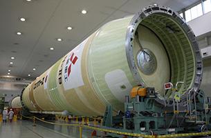 「こうのとり」を運ぶH-IIBロケット
