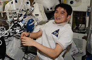 ISS滞在60日、大西宇宙飛行士の仕事場を見てみよう