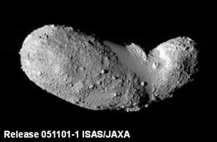 小惑星「イトカワ」の謎の解明 太陽系研究に大きな一歩 ~衝突でふるい分けられる小惑星の砂礫~