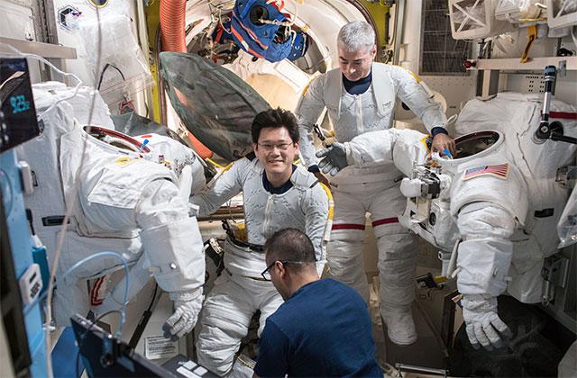 ホシモのおさらい ~JAXA宇宙飛行士の船外活動のあゆみ~